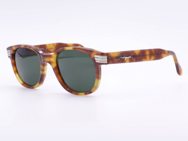 Chevignon Original Vintage Sunglasses 90s with green mineral lenses, amber colored frames in Panto style